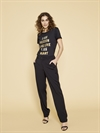 126300 Isee O-neck Tee - 127320 Criss Cobb Pant